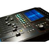 Studiomaster DigiLive 16 -Hybrid Mixing Console